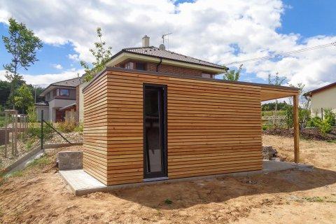 Dřevěný zahradní domek 4x2,5 m